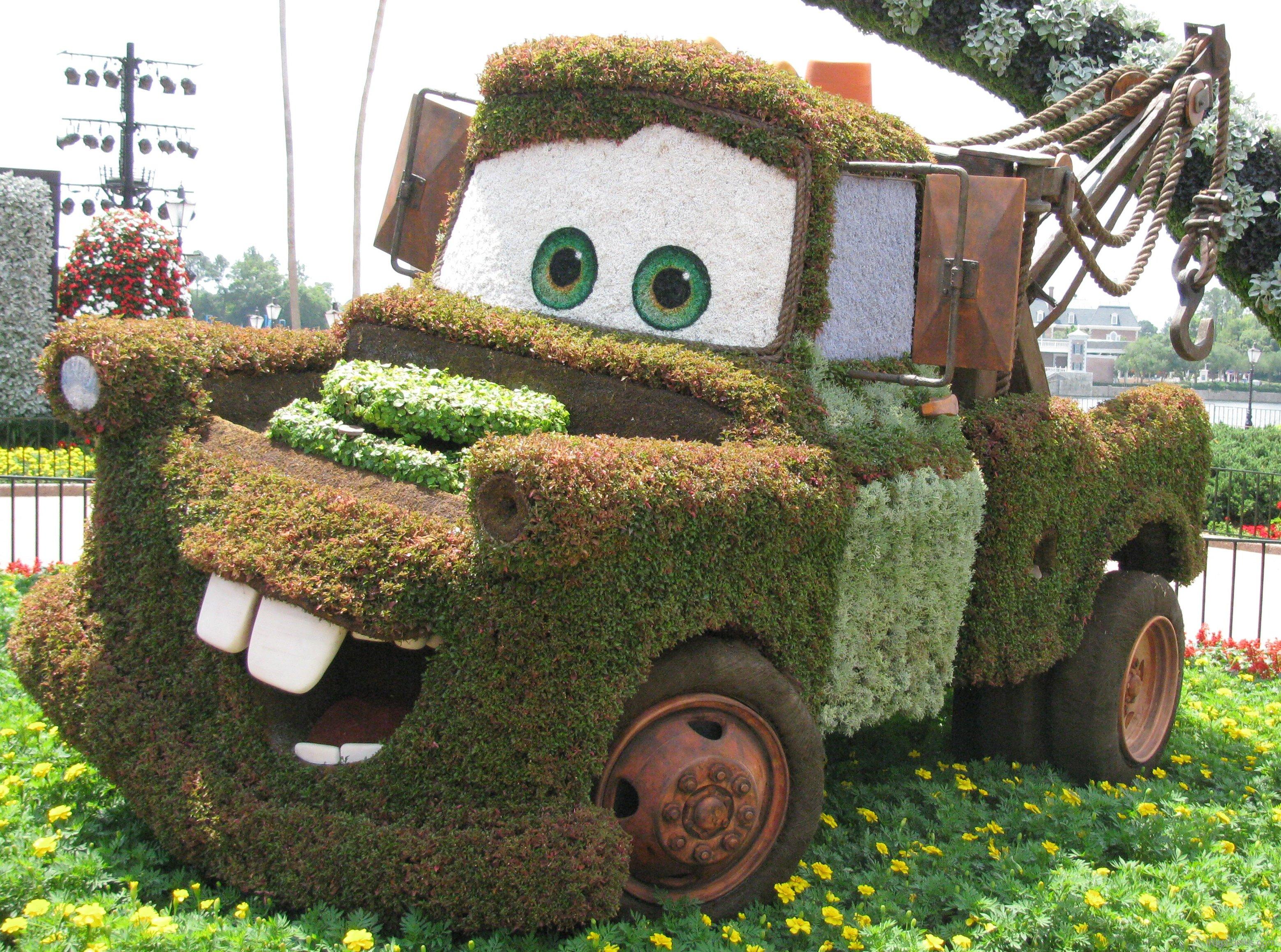 Cars 2 Topiary « Extra Walt Disney World Magic