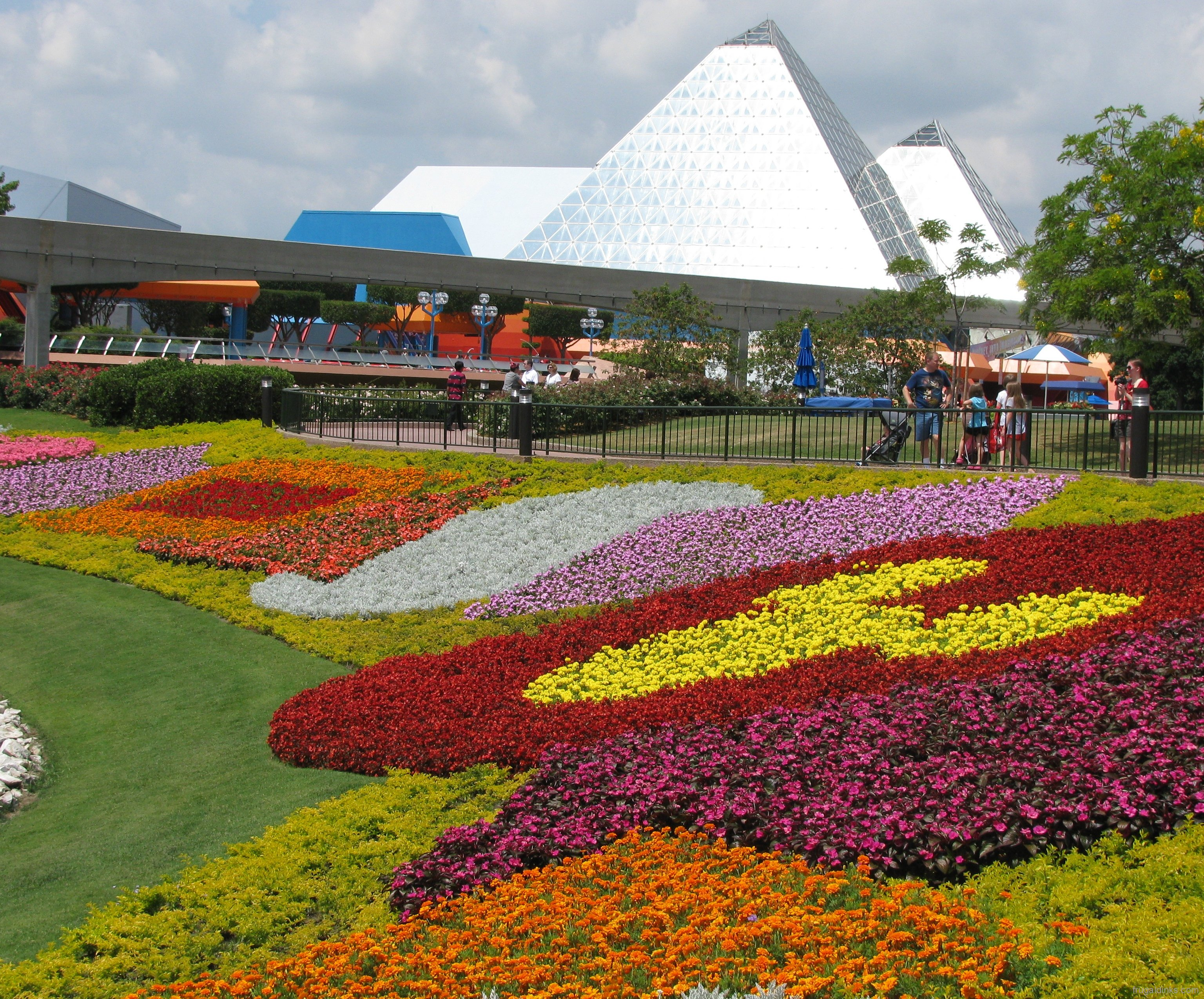 More Epcot Flower and Garden Festival Photos Extra Walt Disney