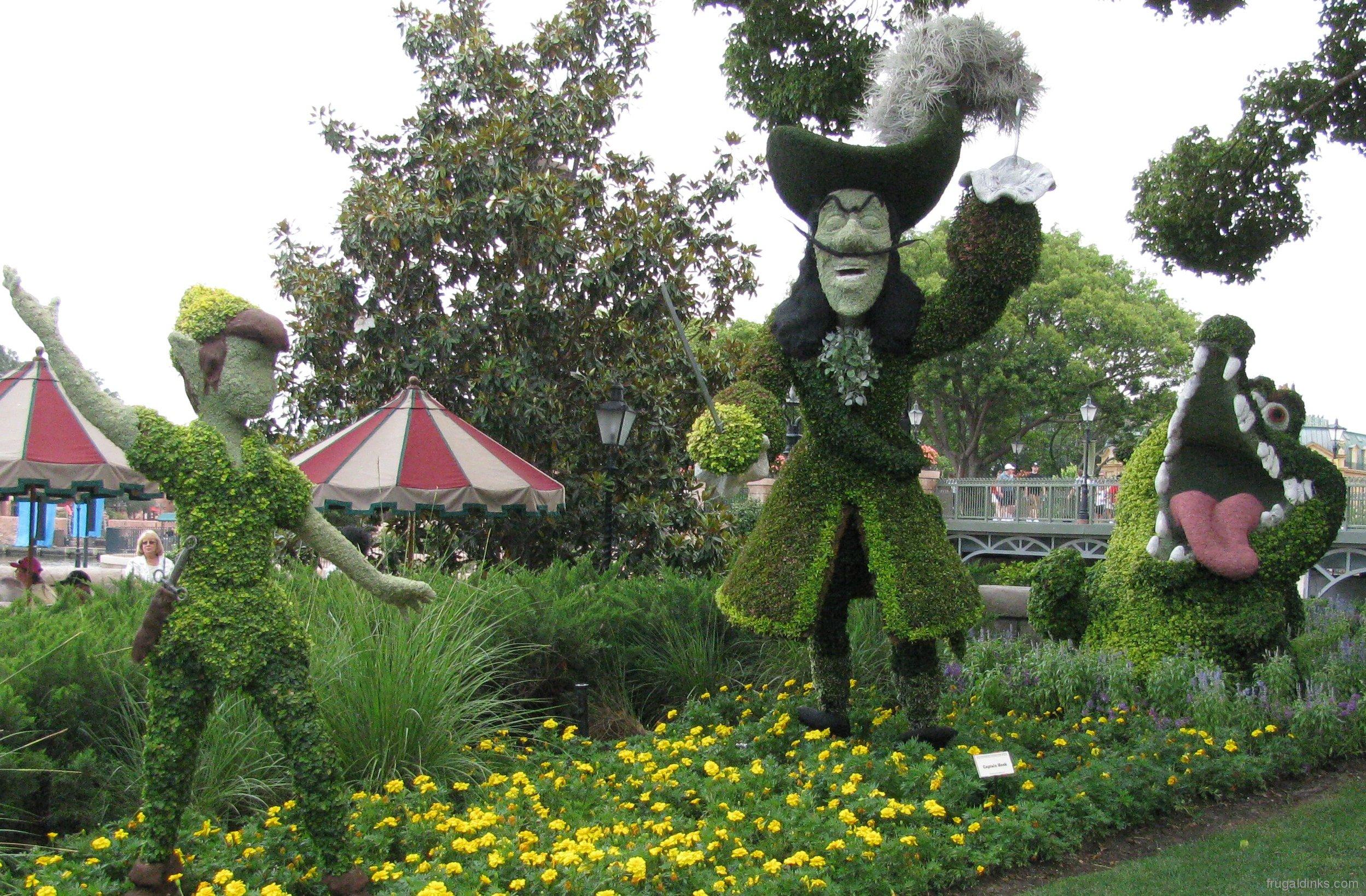 Ordinary Disney Topiary Part - 2: 2011-epcot-flower-garden-festival-44