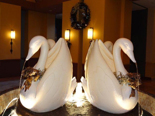 2012 Holiday Decorations - Swan Resort - Walt Disney World - 10
