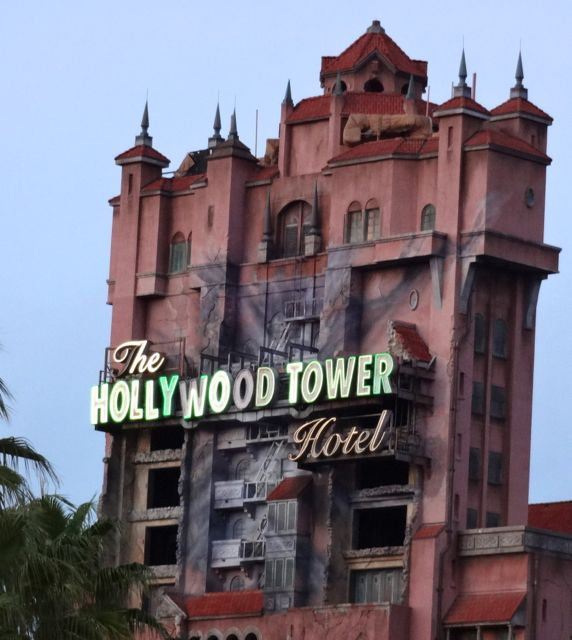 Hollywood Tower Hotel - Christmas 2012