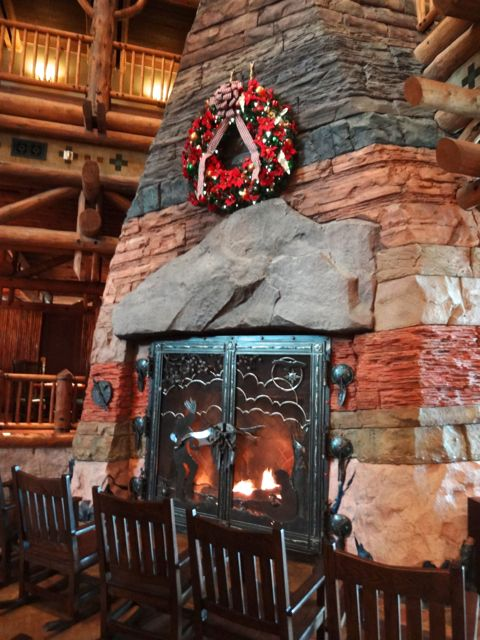 Wilderness Lodge And Villas 2012 Holiday Decorations