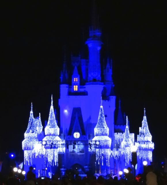 Cinderella Castle Dream Lights At Magic Kingdom In Walt