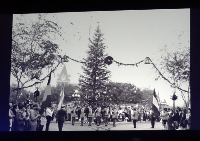The Christmas Tree in 1956, a live tree, nothing like the extravagant concoctions of these days