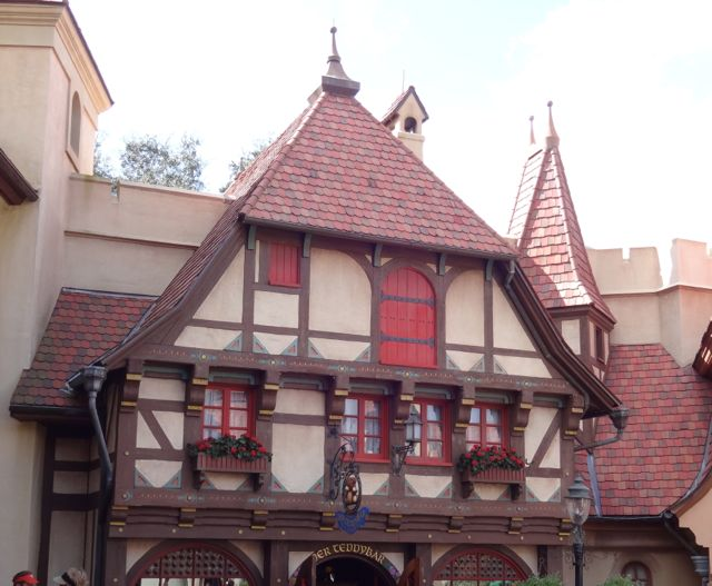Example of Bavarian architecture in the Germany Pavilion... Remind you of anything? What about the old Fantasyland in Magic Kingdom?
