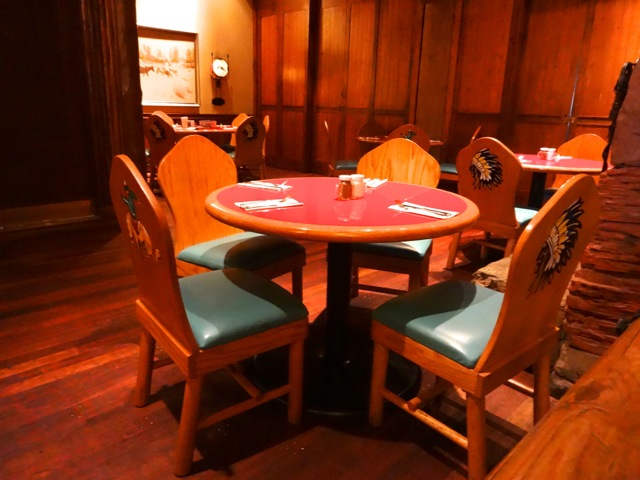 The furniture in Whispering Canyon Cafe is reminiscent of the Rough Rider atmosphere, made popular by Thomas Lonesworth.