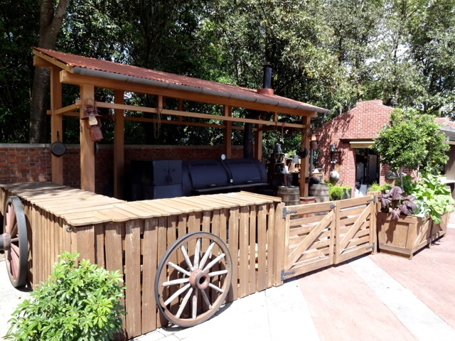 """The """"cookhouse"""" area... very nicely themed and executed (Thank you to our friends at the Design & Display Warehouse!)"""