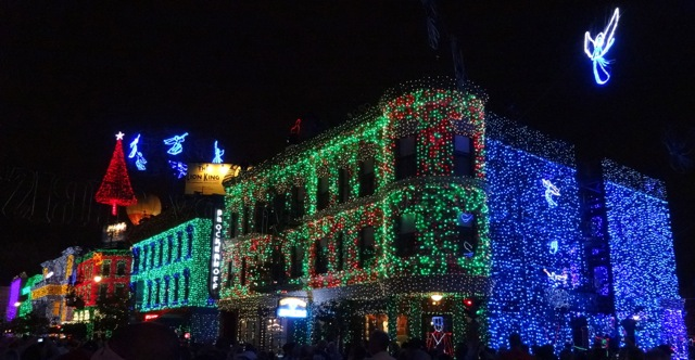 The Osborne Family Spectacle of Dancing Lights November 12 2013 - 05