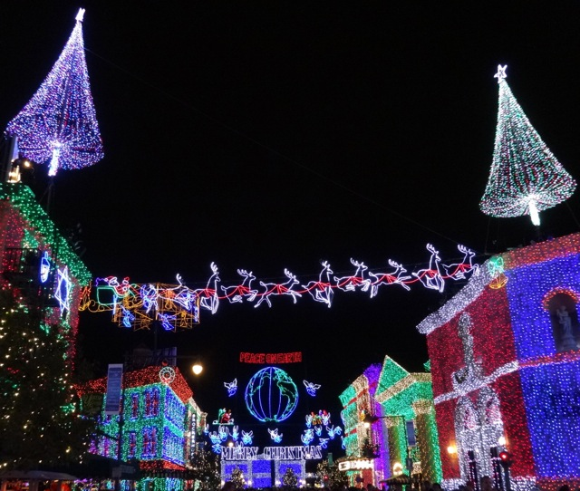 The Osborne Family Spectacle of Dancing Lights November 12 2013 - 07