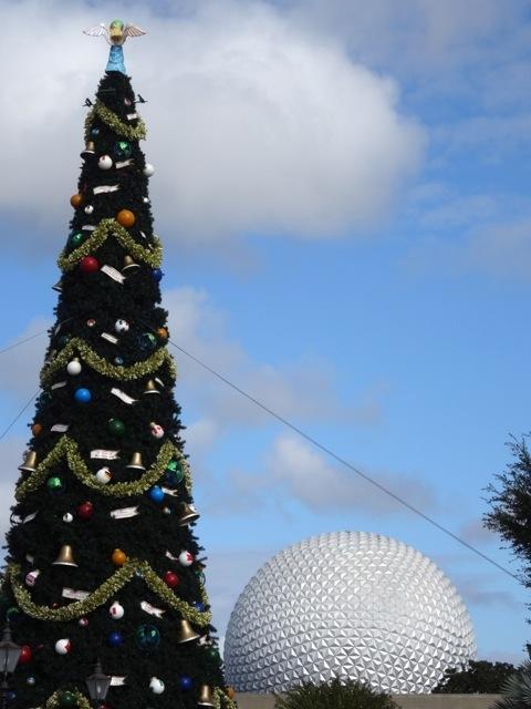 2013 Christmas Tree Epcot - 2