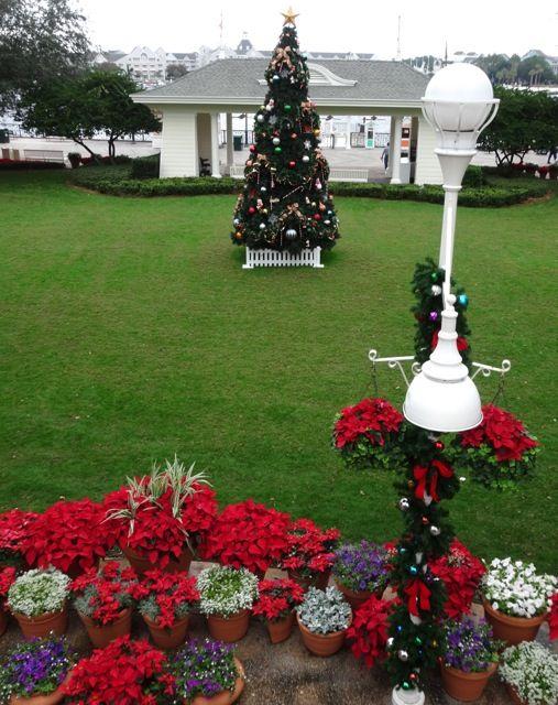 Boardwalk Resort Holiday Decorations 2013 - 13