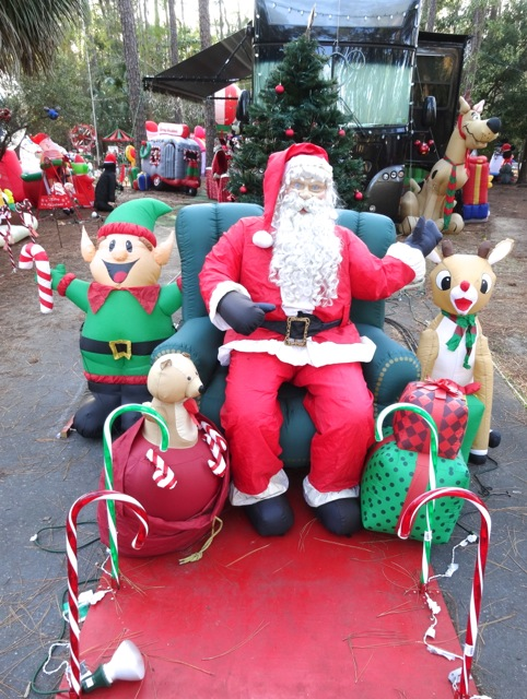 Fort Wilderness Christmas 2013 - 02