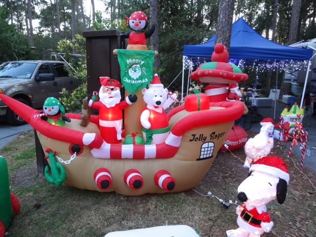 Fort Wilderness Christmas 2013 - 11