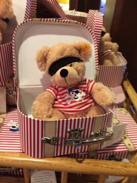 adorable (non-Duffy) pirate bear