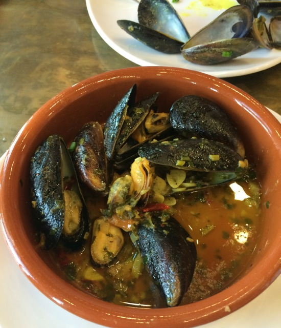 spice road table mussels 23FEB14 - 1