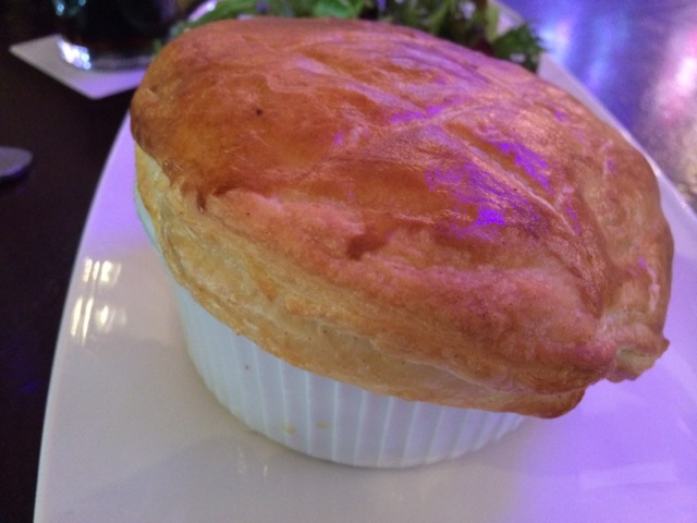 Lunch Raglan Road Chicken Pie 27MAR2014 - 06