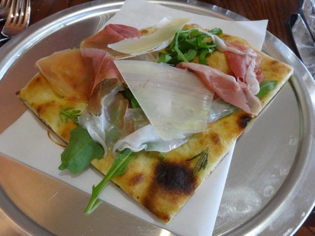 Pizza Romana al Prosciutto